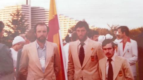 Amando Prendes, Herminio Menéndez y Enrique Rodríguez Cal. El boxeador, también de Carreño, obtuvo una medalla de bronce en Munich 1972 y fue el abanderado español en Montreal 1976
